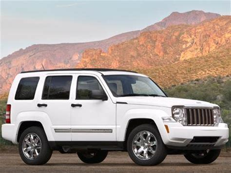 jeep commander vs patriot 2011 jeep liberty pricing ratings reviews kelley