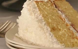 recipe classic coconut cake with white mountain coconut