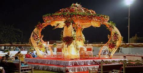 New Ideas for Mandap Décor at Your Wedding   VenueLook Blog