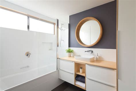 how to make a small bathroom work how to make a small bathroom work nine simple design tricks to make your bathroom work