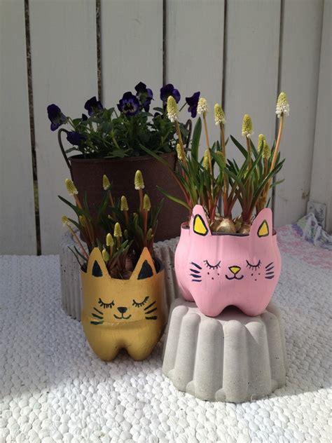 Blumentopf Hängend Selber Machen by Basteln Mit Pet Flaschen 16 Tolle Ideen Zum Nachmachen