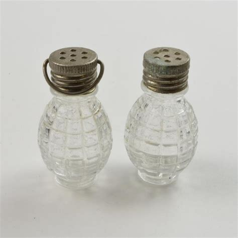 salt and pepper shakers salt and pepper shakers mini salt pepper grenade