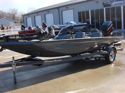 triton magnum boats 2004 triton aluminum 186 magnum warsaw mo for sale 65355