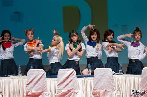 kara south korean band wikipedia the free encyclopedia rainbow south korean band wikipedia