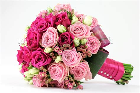 Carset 3 In Hug Flower Dress Hotpink bridal flowers and wedding bouquets by top wedding florist