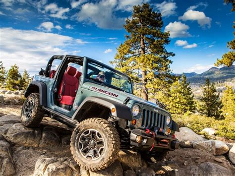 Jeep Wrangler Ground Clearance 10 Suvs With The Most Ground Clearance For 2015
