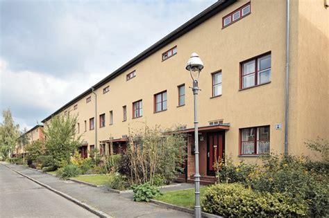 Wohnung Mieten Berlin Genossenschaft by Selbsthilfe Solidarit 228 T Und Sicherheit Wohnen In