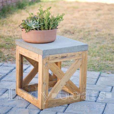 ana white concrete  wood  stoolside table