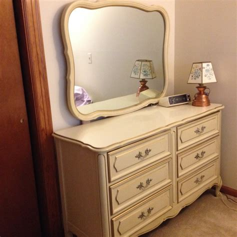 antique white dresser bedroom furniture i have henry link french provincial antique white with