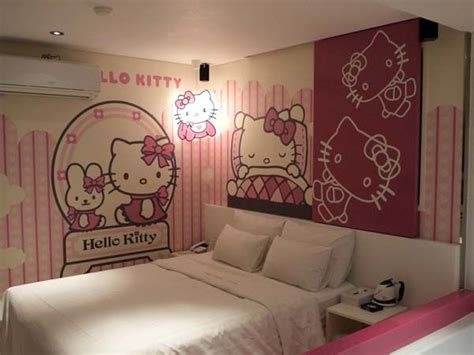 wallpaper dinding kamar tidur hello kitty 2014 106 best images about hello kitty bedroom on pinterest