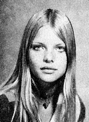 Young Michelle Pfeiffer | Michelle pfeiffer, New year eve