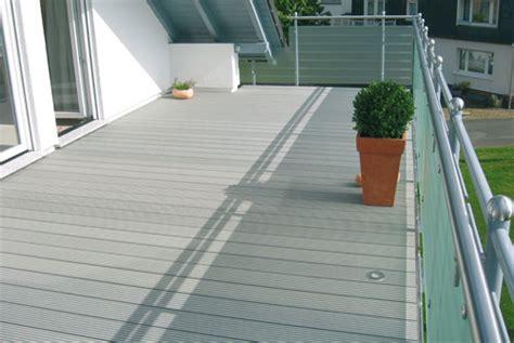 Kunstholz Terrasse by Wpc Terrassendielen Holzland Wischmann Ihr Profi F 252 R