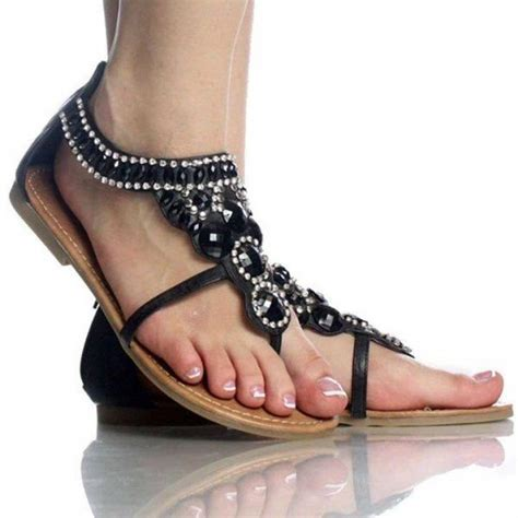 Stylish and Dazzling Flat Footwear for Girls   Ohh My My