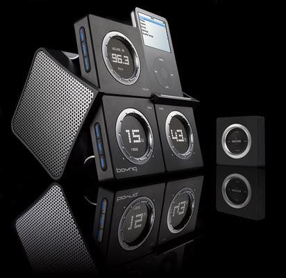 Ces 2007 Icar Ipod Dock And Speaker by Boynq Up Le R 233 Veil Ipod En Petits Cubes