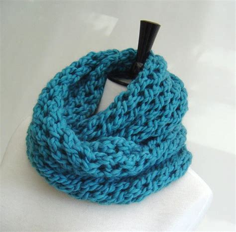 infinity scarf knitting pattern beginners knitting pattern infinity scarf and easy beginner scarf