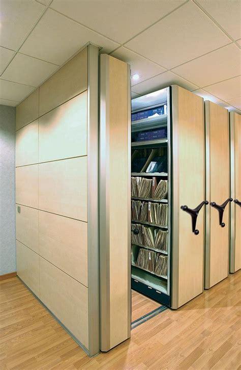 scaffali archivio archivi mobili scaffalature compattabili mecalux it