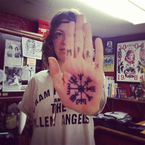 compass tattoo erweitern 29 besten compass tattoos bilder auf pinterest coole