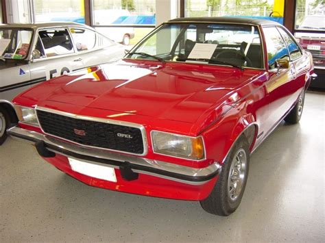 opel commodore technical details history photos on