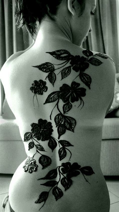 henna tattoo down back 8 best henna back designs images on henna