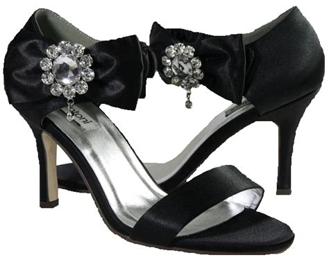 black bridesmaid shoes looking stylish and trendy with black bridesmaid shoes