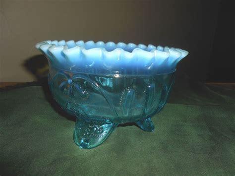 leaf pattern glass bowl northwood blue opalescent glass oak leaf pattern ruffled
