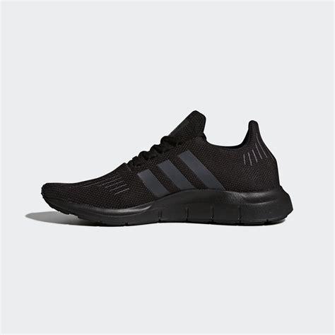 Adidas grey facendo le scarpe per yourstyles