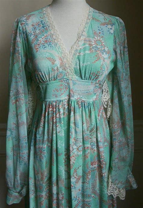 vintage clothing vintage  floral hippie chic dress