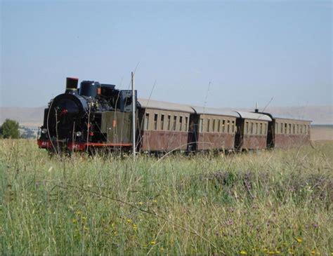 carrozze ferroviarie dismesse ambiente corriere della sera