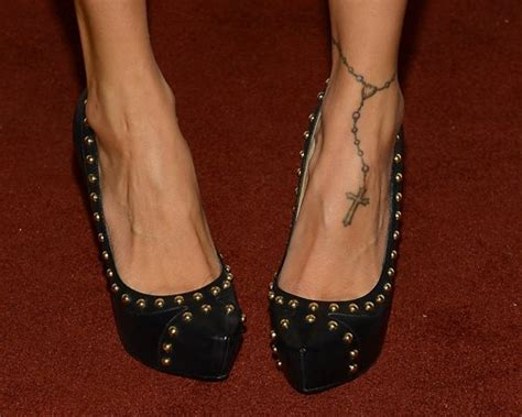 nicole richie tattoos richie s rosary on foot tattoos