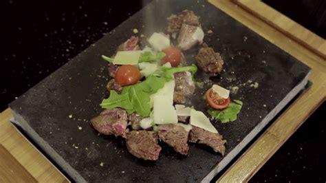 cucinare tagliata cucinare su pietra lavica tagliata di carne