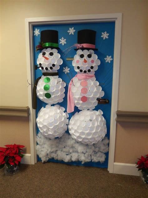 best christmas door decoration winners assisted living the inn at belden
