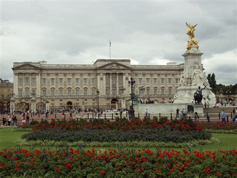 buckingham palace file benkid77 buckingham palace 1 100809 jpg