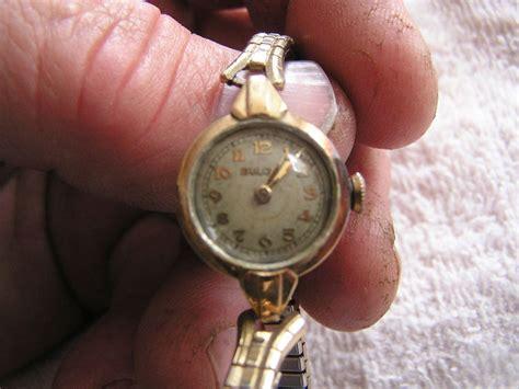 vintage s bulova circular 17