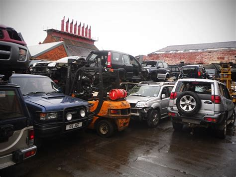 mitsubishi truck wreckers melbourne 4x4 wreckers melbourne for 4x4 trucks melbourne