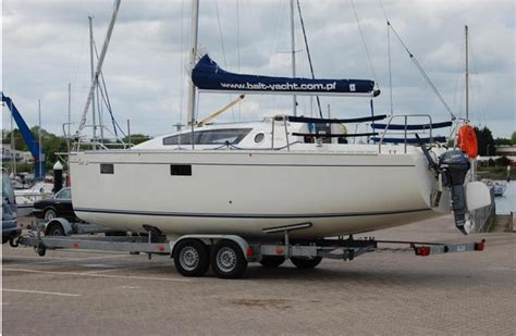 piccoli cabinati a vela balt 26 un nuovo yacht carrellabile di otto metri