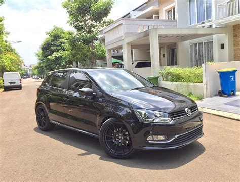 black volkswagen polo vw polo black out instagram photo by willim281 vw