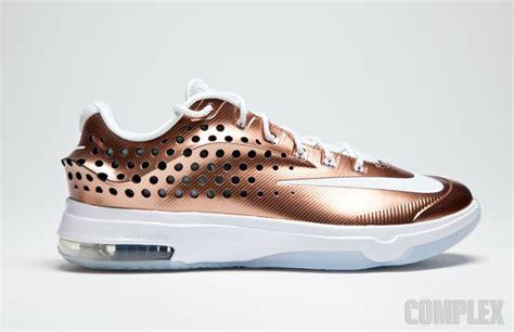 Schuhe Nike Kd 7 Vii Schuhe Weiã Gold Schwarz Bequemes Produkt P 370 nike kd 7 gold and schwarz