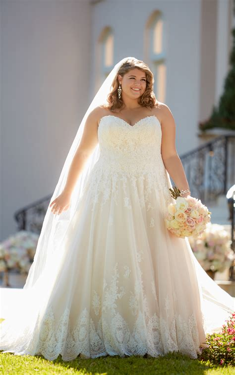 wedding dresses in island new york plus size gown with scalloped lace edge stella york