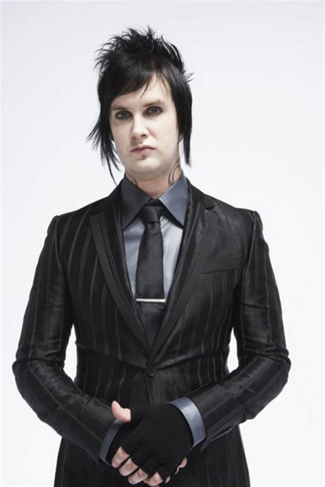 gt the rev r i p hairstyle avenged sevenfold s drummer