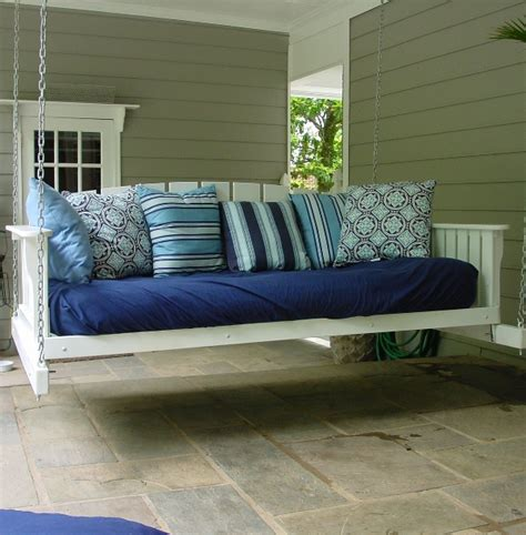 outdoor swinging bed 8 super comfy porch swing bed designs perfectporchswing com
