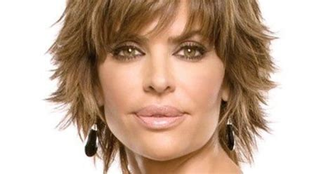 guide to lisa rinna haircut how to style hair like lisa rinna lisa rinna haircut