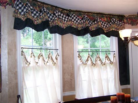 Pictures Of Kitchen Curtains Curtains Patchwork Curtains On Patchwork Curtains Patchwork And Kitchen Curtains