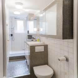 agréable Plan Salle De Bain 4m2 #3: une-salle-de-bain-en-longueur-decoration-carrelage.jpg