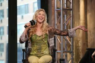 joss and joss stone aol build presents water for your soul 26 gotceleb