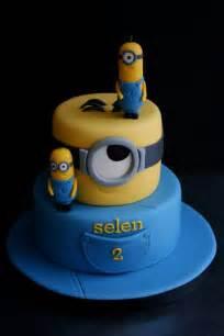 cake decorations minions minion cake cakes