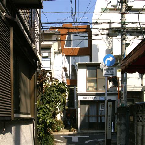 bow wow house 10 smart skinny buildings squeezed into teeny tiny spaces page 4 flavorwire