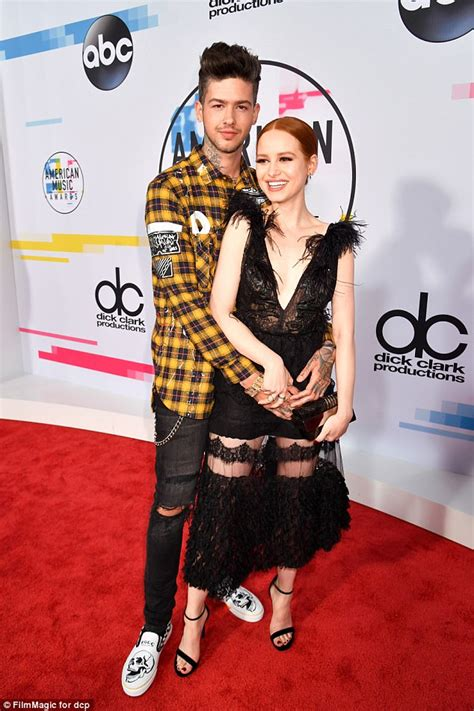 madelaine petsch online amas riverdale s madelaine petsch and travis mills arrive