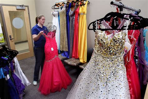 B M Stores That Sell Detox Near Me by Uw L Event Lets Students Sell Prom Dresses