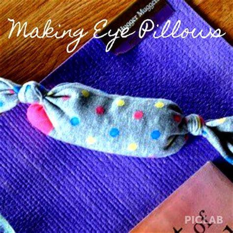 Eye Pillow Diy by 10 Craft Ideas For The Yogi