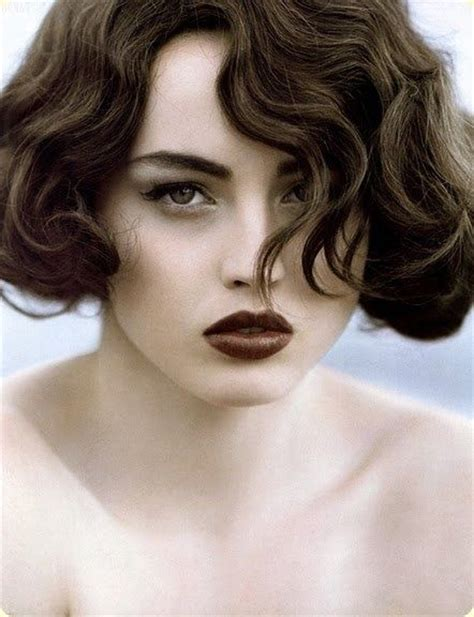 ear length bob wavy 46 best images about medium length hair on pinterest